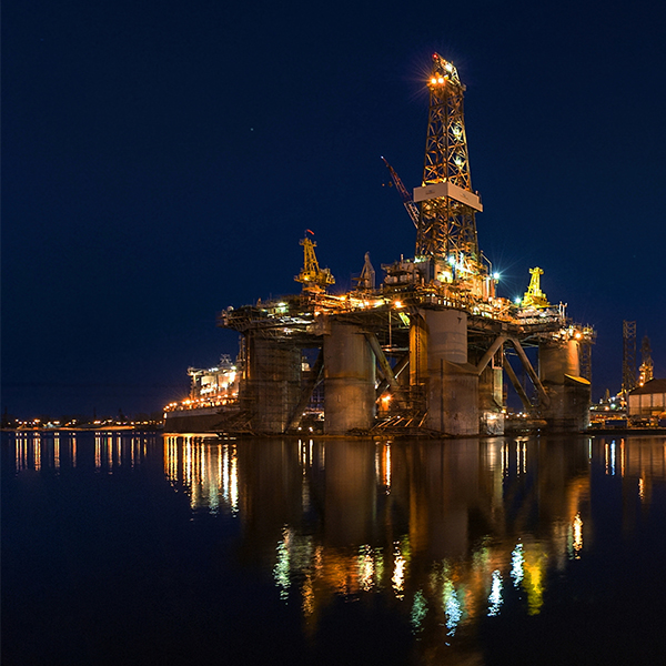Drilling rig by night